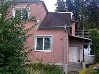 Apartmán Radíkov - Hlavní vstup do domu - ubytování Radíkov