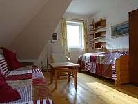 Druhá ložnice s lůžkem a rozkládací pohovkou - pronájem apartmánu Radíkov