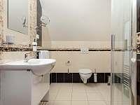 Koupelna pokoj č. 8 - Závada