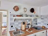 Kuchyňská linka - pronájem chalupy Spálov