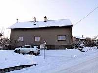 Domek v zimě - pronájem chalupy Olbramice