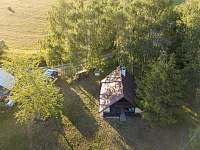 Chata Liduška - z ptačí perspektivy - k pronajmutí Zlaté Hory