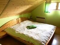 Ložnice 1 - pronájem chalupy Týn nad Bečvou