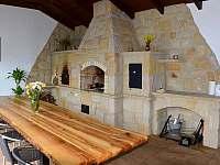 Zahradní pískovcová kuchyň