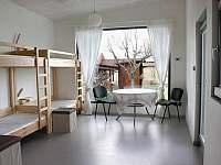 6-ti lůžkový pokoj (bezbariérový přístup)