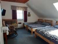 pokoj v 1 patře - Hačky