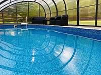 Zahradní bazén - apartmán ubytování Bílá