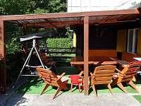 Terasové posezení - chata k pronájmu Odry - Loučky