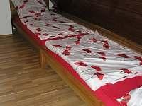 Ložnice v podkroví - chalupa k pronajmutí Palkovice