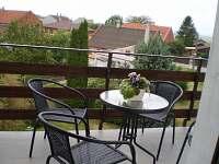 balkón s posezením apartmán 3 - k pronájmu Bělkovice-Lašťany