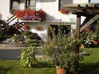 vstup do domu-pohled - apartmán ubytování Bělkovice-Lašťany