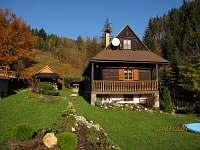 chata na podzim