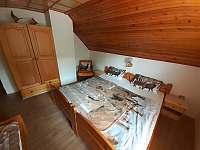 Spálňa s troma lôžkami - chata k pronajmutí Oščadnica