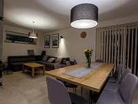 jedáleň s obývačkou - Stará Lesná