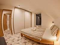 spálňa č. 3 na poschodí - Stará Lesná
