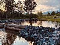 v tesnej blízkosti ubytovne Kriváň sa nachádza aj rybník - ubytování Važec