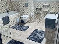 Kúpeľňa na poschodí