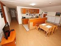 Jedáleň - Kuchyňa - rekreační dům k pronájmu Nová Lesná - Poprad
