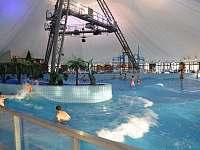 Vnitřní bazény - vlnobití Bešeňová -