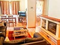 Obývací pokoj (společenská místnost) - chata k pronajmutí Tatranská Štrba