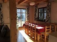 Jedáleň na prízemí - pronájem chaty Košiarny briežok