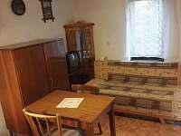 izba dolu s kuchynkou - chata ubytování Smolenice