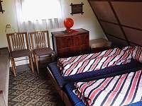 izba poschodie spalna - pronájem chaty Smolenice