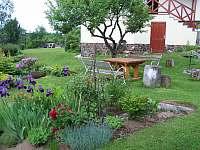 záhrada jar - apartmán ubytování Vysoké Tatry - Starý Smokovec