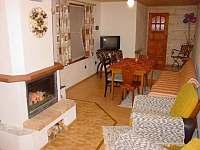 Pohled do společenské místnosti - chata ubytování Zuberec