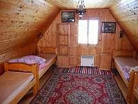 Ložnice v podkroví - chalupa ubytování Brezovica