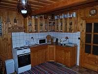 Vybavená kuchyně - chalupa k pronajmutí Brezovica