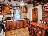 Drevenica Hybe Kuchyňa - chalupa ubytování Hybe