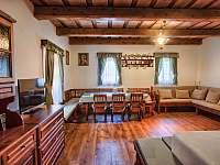 Drevenica Hybe Obývačka - pronájem chalupy