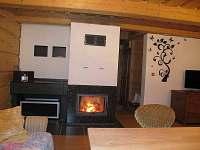 obývací pokoj - chata k pronájmu Zázrivá