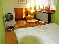 izba č.4 -manželská posteľ +možnosť prístelky