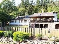 ubytování s blízkým koupáním ve Středních Čechách