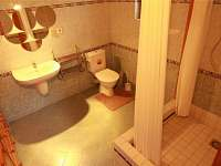 koupelna - chata k pronájmu Sýkořice