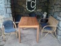 venkovní zastřešené sezení - chata k pronájmu Žebrákov