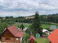 Výhled balkon 1patro - chata ubytování Vlastějovice