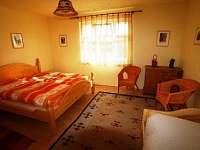 pokoj v 1.patře - chalupa ubytování Příbram - Milín