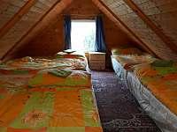 Chata podkroví úprava spaní 6 osob - pronájem Kostomlátky - Doubrava