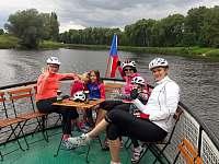 Výletní lod Blanice zastávka 500m - pronájem chaty Kostomlátky - Doubrava
