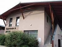 Budova Apartmány A - ubytování Monínec