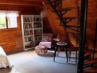 Část obývacího pokoje - chata ubytování Hříměždice