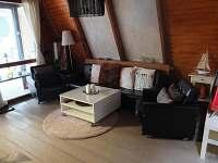 Obývací pokoj - chata k pronajmutí Hříměždice