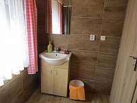 koupelna - chata k pronajmutí Ohrazenice