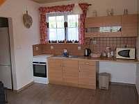 kuchyň - chata ubytování Ohrazenice
