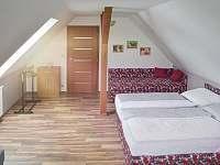 podkroví, 2.ložnice - pronájem chalupy Láz