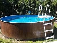 Bazén - chata k pronajmutí Drahenice