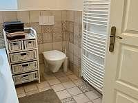 Koupelna v patře - Skvrňov